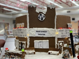 CHS Students Make Gingerbread Houses Representing Columbiana